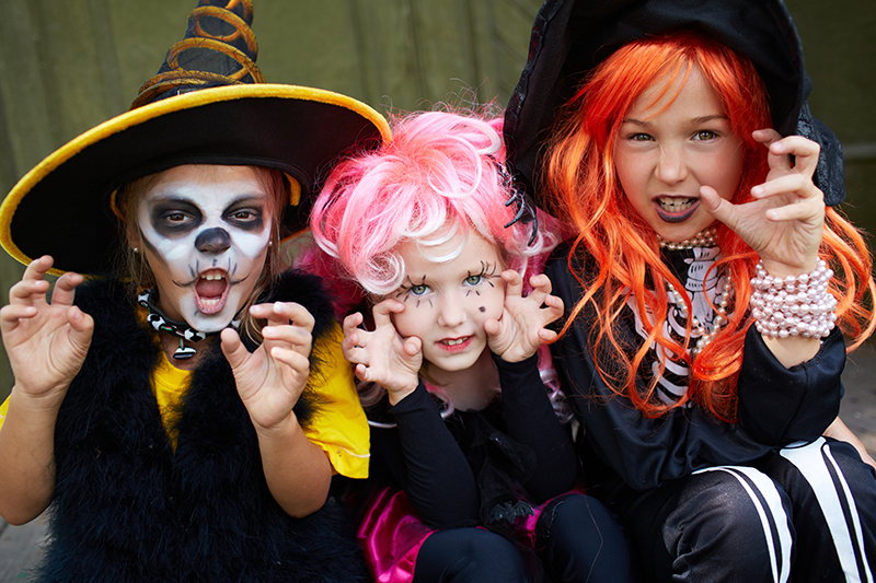 Lice In Halloween Costumes Head 2020 Preventing Head Lice this Halloween | Fresh Heads Lice Removal